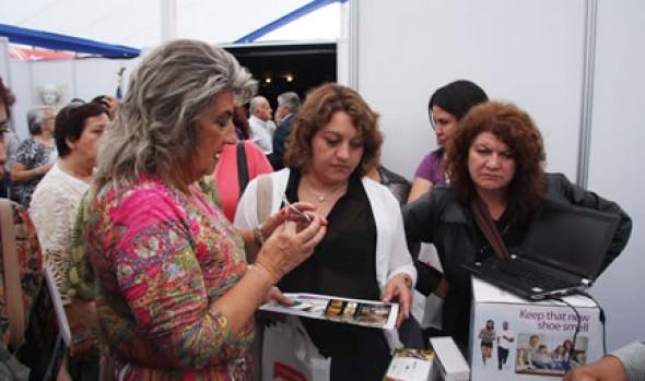 Alcaldesa Virginia Reginato inauguró primera Feria Internacional del pie