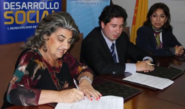 Municipio de Viña del Mar firma convenio con Cámara de Comercio para apoyar a personas desempleadas