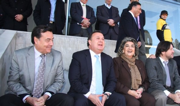 Municipio de Viña del Mar adjudica adquisición e instalación  de butacas  para  estadio Sausalito