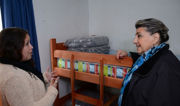 Municipio de Viña del Mar entregó importante ayuda social a familias vulnerables de la comuna