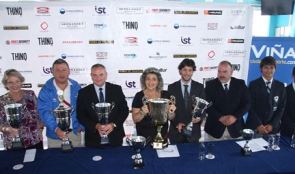 Alcaldesa Virginia Reginato entregó antecedentes del XIII Campeonato Juvenil de Rugby Seven a Side