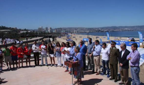 Alcaldesa Virginia Reginato dio el vamos a la Playa del Deporte 2013