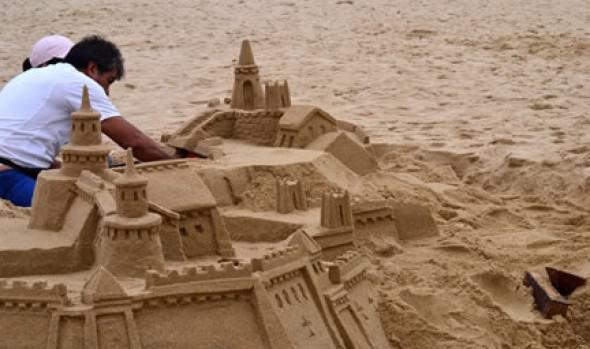 Municipio de Viña del Mar informa que en Reñaca y Playa Blanca continúa Concurso de Castillos de Arena