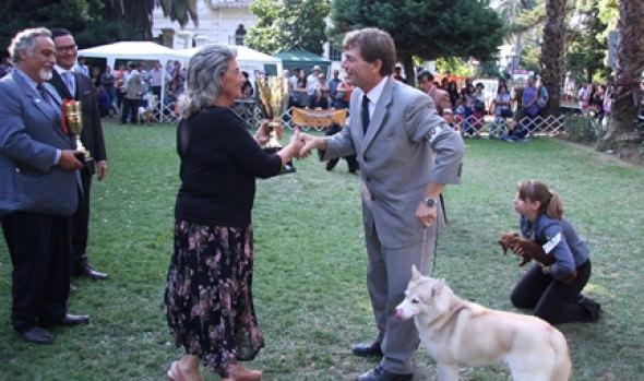 """Alcaldesa Virginia Reginato destacó belleza y gracia de las especies participantes en la """"Expocan del Pacífico 2013"""""""