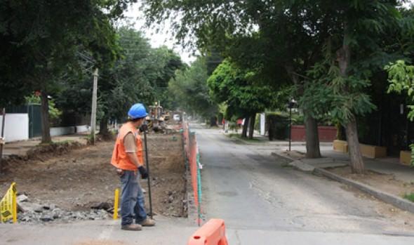 Municipio de Viña del Mar inició trabajos de pavimentación  en calle 5 Norte