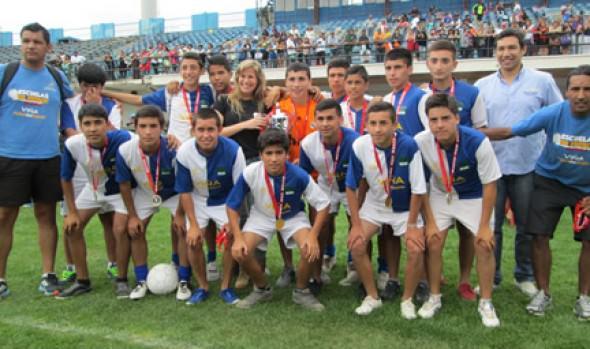 Municipalidad de Viña del Mar se tituló campeona en dos categoría en torneo River Cup 2013
