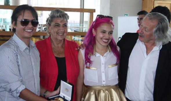 Competidores de Viña 2013 recibieron reconocimientos de la SCD de parte de la alcaldesa Virginia Reginato