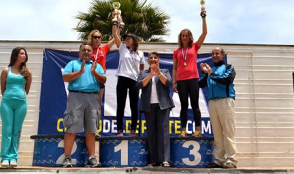 Ganadores de Triatalón Panamericano ITU de Viña del Mar fueron premiados por alcaldesa Virginia Reginato