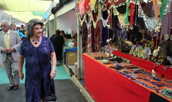 55ª Feria Internacional de Artesanía de Viña del Mar fue inaugurada por alcaldesa Virginia Reginato