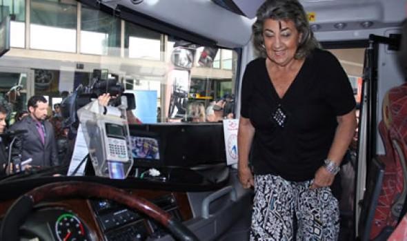 Incorporación de nuevas tecnologías en buses interurbanos fue valorado por alcaldesa Virginia Reginato