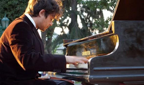 Recital de piano abre Temporada de Conciertos de Verano 2014 en el Teatro Municipal de Viña del Mar
