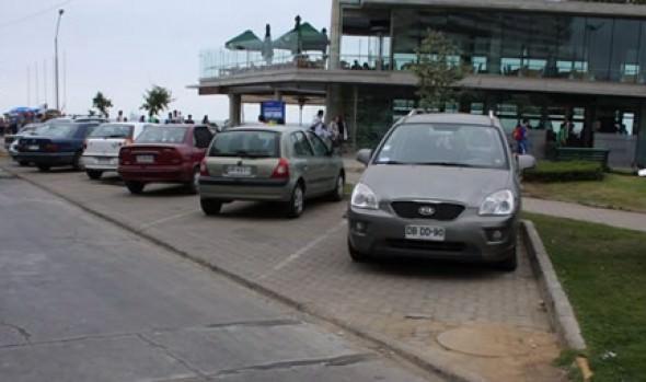 Municipio de Viña del Mar adjudicó estacionamientos para el borde costero