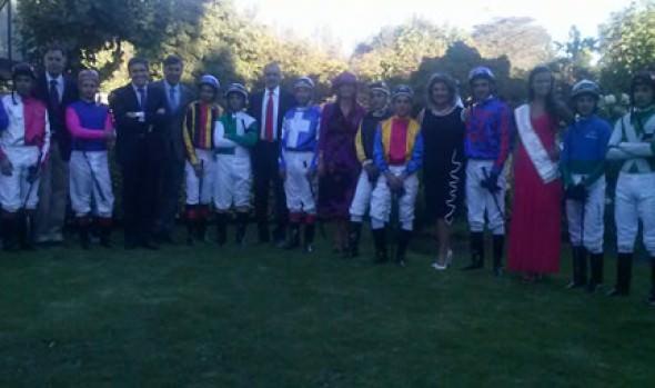 Éxito de El Derby fue  destacado por alcaldesa Virginia Reginato