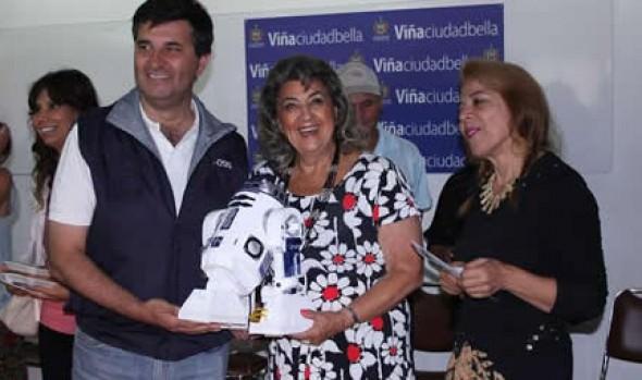 Emprendedores locales se reúnen en Expo Verano FOSIS 2014
