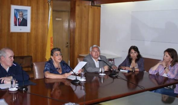Alcaldesa Virginia Reginato anunció nuevas y estrictas medidas de fiscalización a los Coches Victorias