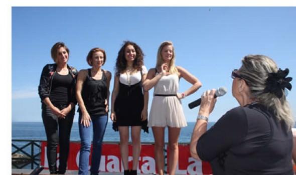 Candidatas a reinas del Festival  y alcaldesa Virginia Reginato participaron en acción benéfica con niños de la comuna