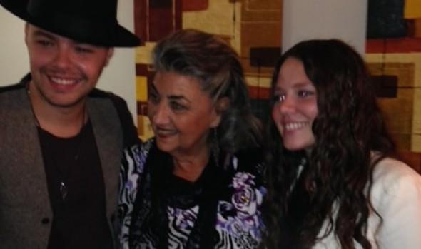 Jesse y Joy compartió con alcaldesa Virginia Reginato, antes de su presentación en el Festival