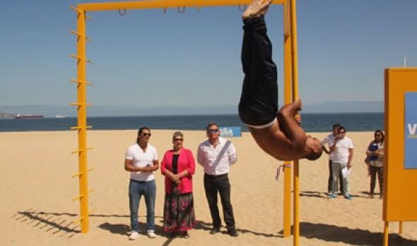 Parque de barras para Calistenia en Playa del Deporte inauguró alcaldesa Virginia Reginato