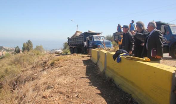 Municipio de Viña del Mar realiza diversos operativos de limpieza de microbasurales en la comuna