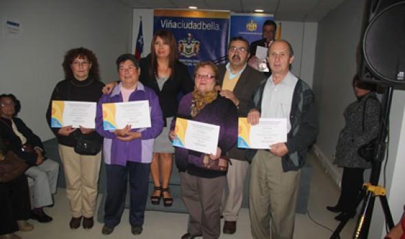 Municipio de Viña del Mar ofrece talleres de capacitación y recreación para la comunidad