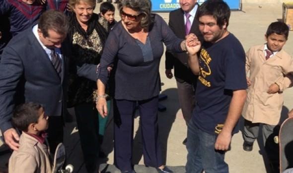 En día mundial de la actividad física, alcaldesa Virginia Reginato dio inicio a los recreos entretenidos