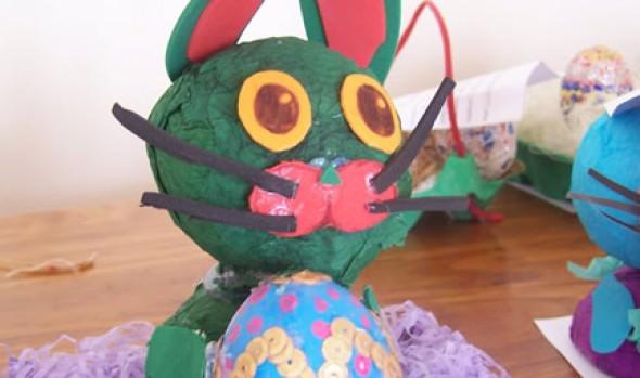 Invitan a viñamarinos a recolectar Huevos de Pascua para niños damnificados de Valparaíso