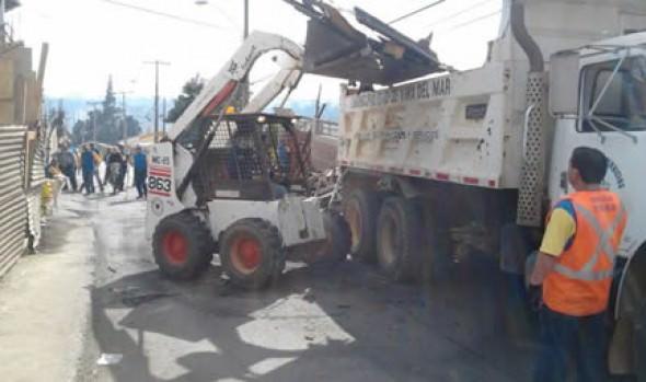Municipalidad de Viña del Mar continúa despeje de escombros en Cerro Ramaditas