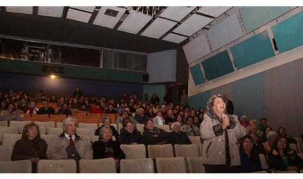 Adultos mayores disfrutaron de Tardes del Ayer en evento encabezado por alcaldesa Virginia Reginato