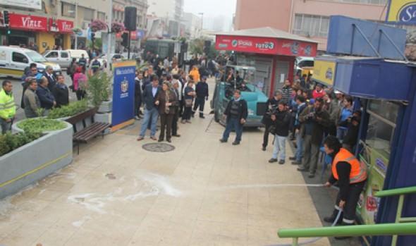 Limpieza y hermoseamiento integral en calle Valparaíso fue inspeccionada por alcaldesa Virginia Reginato