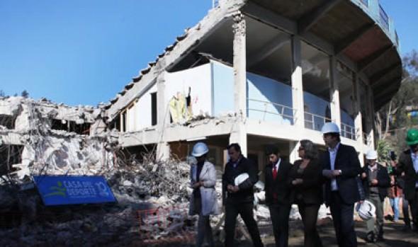 Municipio de Viña del Mar inició demolición de codo laguna de Estadio Sausalito