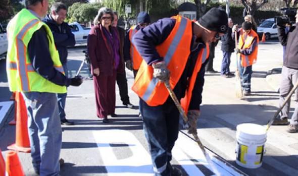 Municipio de Viña del Mar realiza extenso programa de demarcación vial en la comuna