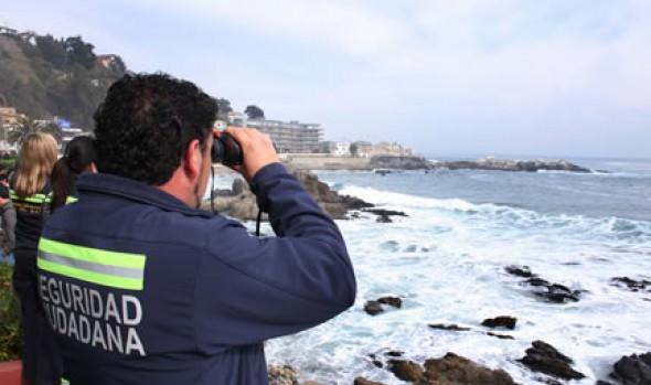 Personal de Seguridad Ciudadana de la Municipalidad Viña del Mar colabora en búsqueda de joven desaparecido