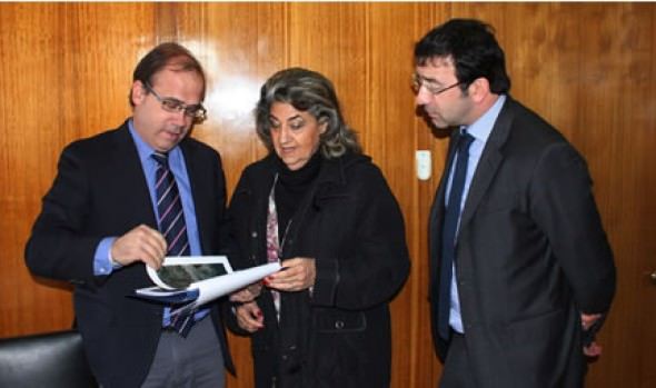 Urgencia en la construcción de colectores de Aguas LLuvias planteó alcaldesa Virginia Reginato a Ministro de Obras Públicas