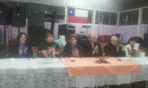 "JJVV ""Santa fe"" de Achupallas celebró 48º aniversario en cena encabezada por alcaldesa Virginia Reginato"