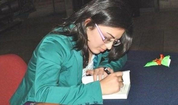 A encuentro literario con jóvenes escritores en el Castillo Wulff invita alcaldesa Virginia Reginato