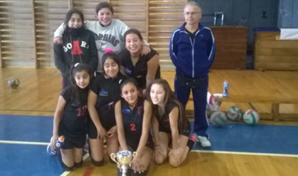 Escuela de vóleibol de la Casa del Deporte en Viña del Mar se adjudicó provincial de los Juegos Nacionales Escolares