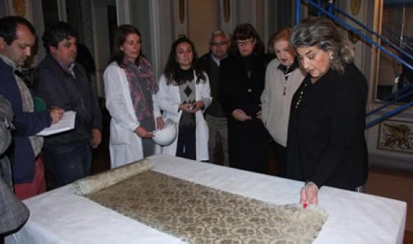 Municipalidad de Viña del Mar retira textiles murales del Palacio Rioja previo a obras de recuperación del inmueble