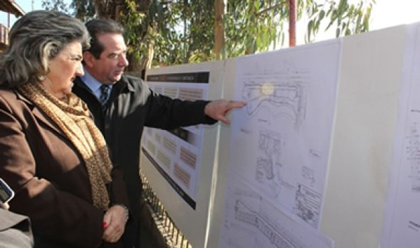 Proyecto de Escuela 21 de mayo presentó  alcaldesa Virginia Reginato a comunidad escolar