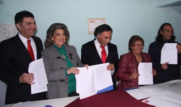Firman protocolo para evitar nuevas tomas en campamento Manuel Bustos en Viña del Mar