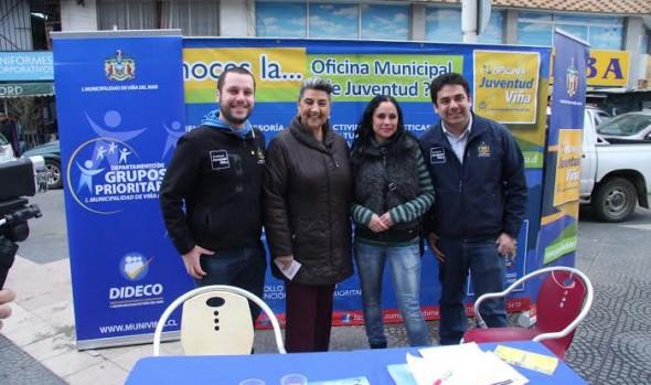 Con feria temática y música Viña del Mar celebra el Mes de la Juventud