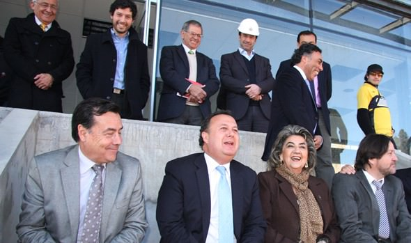Alcaldesa Virginia Reginato destaca avance de nuevo estadio Sausalito