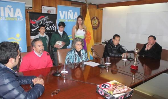 """Antecedentes del campeonato de fútbol escolar """"Copa PF"""", sub-12 fueron dados a conocer por alcaldesa Virginia Reginato"""