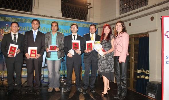 Funcionarios de la Atención de Salud Primaria de Viña del Mar fueron reconocidos por alcaldesa Virginia Reginato