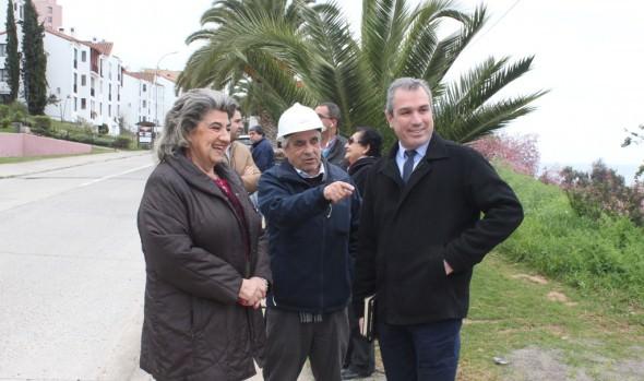 Reparación de calle los Sargazos fue inspeccionada por alcaldesa Virginia Reginato y Seremi de OOPP