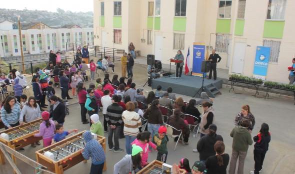 Vecinos del sector Mirador de Reñaca celebraron obtención de viviendas propias