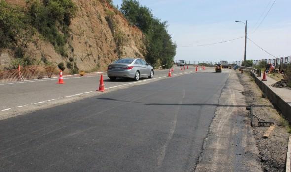 Municipio de Viña del Mar continúa reparación de calzada en  Agua Santa