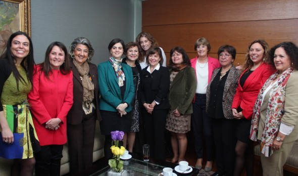 12º encuentro de mujeres reunió en Viña del Mar a destacadas representantes del género