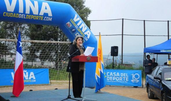 Segundo campeonato de fútbol autobusero fue inaugurado por alcaldesa Virginia Reginato
