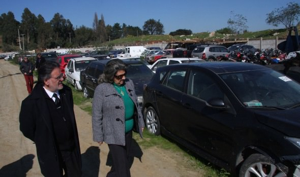 El miércoles 8, Municipalidad de  Viña del Mar realizará esperado remate de vehículos