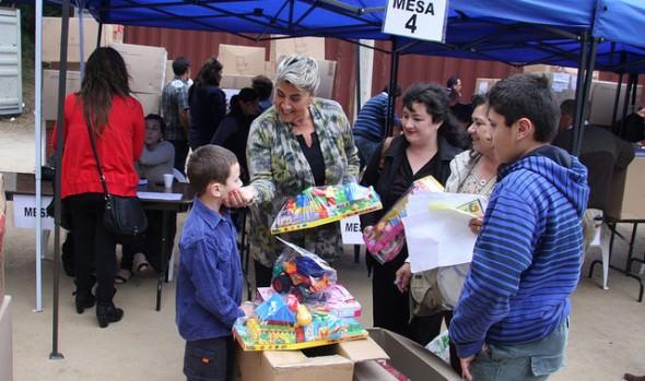 Municipio de Viña del Mar adjudica parcialmente adquisición de juguetes para Navidad